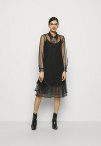RIANI - Košilové šaty - black - 1