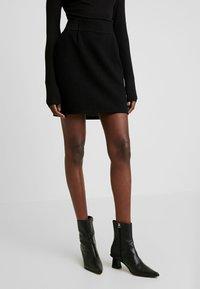 NAF NAF - MAILLARD - Mini skirt - noir - 0