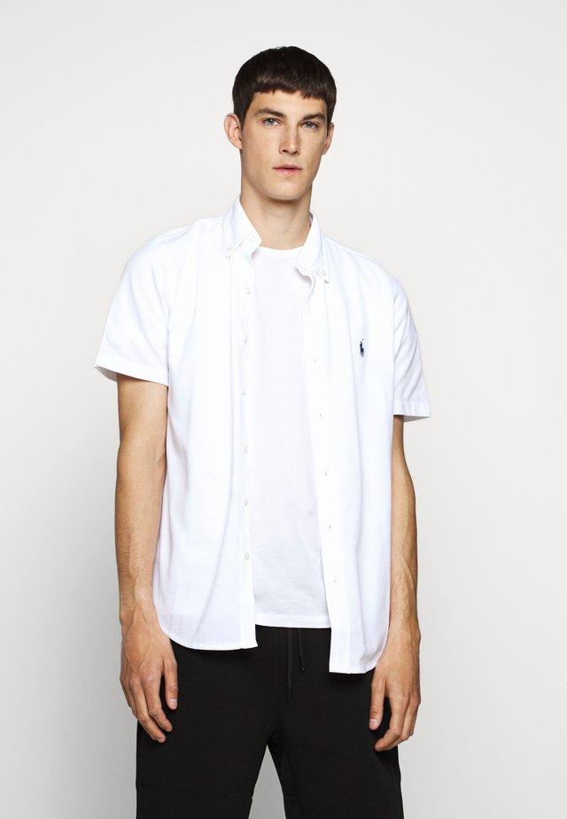 SHORT SLEEVE - Skjorter - white