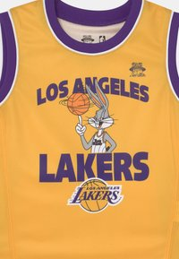 Outerstuff - NBA LOS ANGELES LAKERS SPACE JAM  ZONE DEFENSE SET UNISEX - Tracksuit - yellow - 3