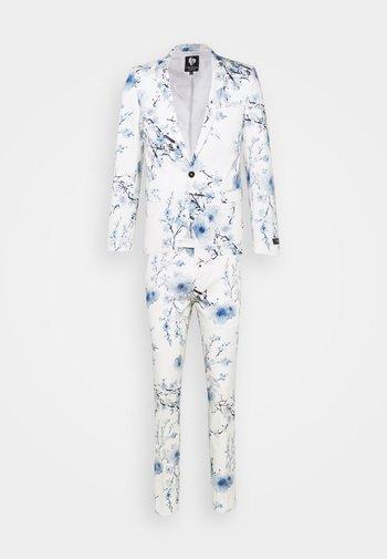 BLOSSOM SUIT - Suit - white blue