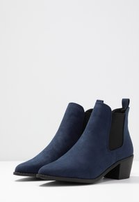Faith Wide Fit - WIDE FIT WHELSEA - Ankle boots - navy - 4