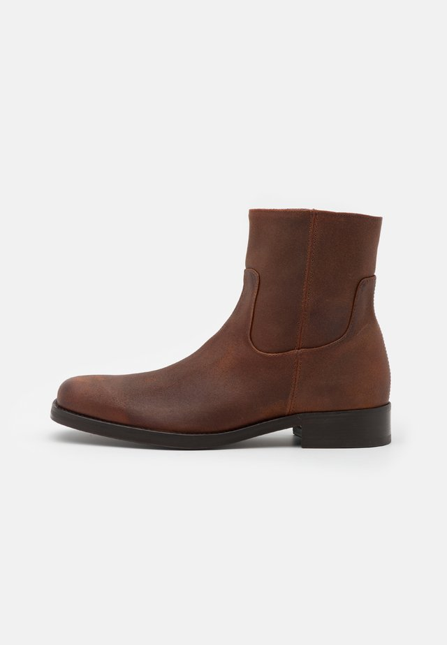 COLTOM - Classic ankle boots - medium brown