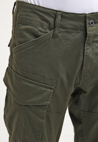 G-Star - ROVIC ZIP 3D STRAIGHT TAPERED - Pantalones cargo - dark bronze green - 4