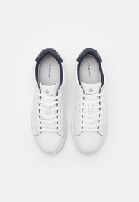 GANT - MC JULIEN  - Trainers - white/marine - 3