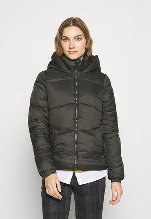 VMUPSALA SHORT JACKET - Winter jacket - peat