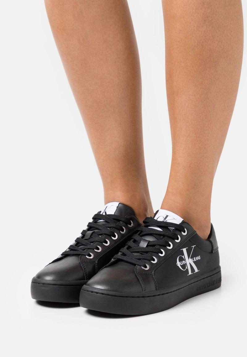 Calvin Klein Jeans - CUPSOLE LACEUP - Joggesko - full black