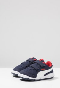 Puma - STEPFLEEX 2 - Sports shoes - peacoat/white/high risk red - 3