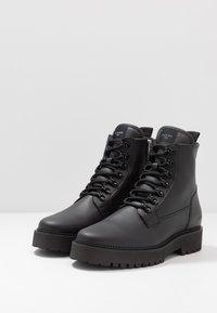 Nubikk - LOGAN HARBOR - Lace-up ankle boots - black - 2