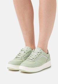 Esprit - MADICKEN - Sneakers laag - light green - 0