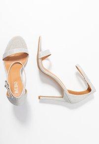 BEBO - Sandály na vysokém podpatku - silver shimmer - 3