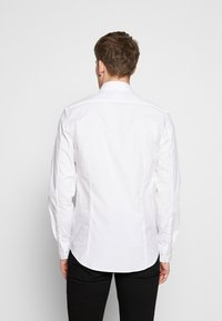 Filippa K - PAUL - Businesshemd - white - 2
