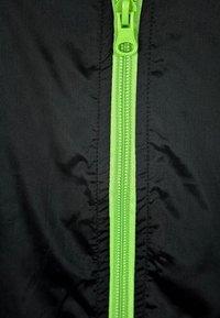Urban Classics - Light jacket - black/lime green - 3