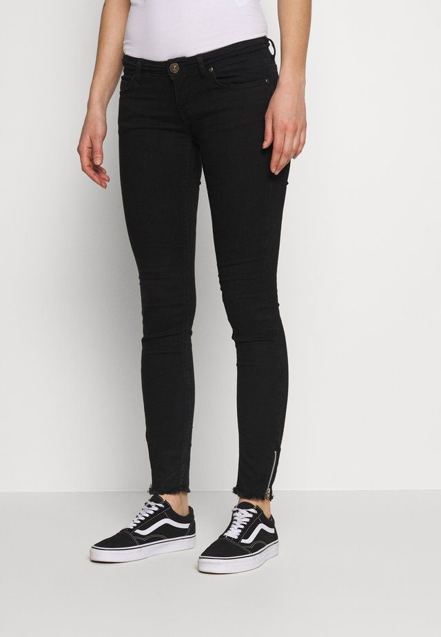 ONLCORAL - Skinny džíny - black