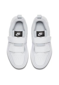Nike Performance - PICO 5 UNISEX - Sports shoes - off-white - 1