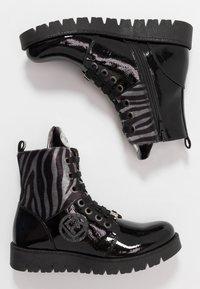 Laura Biagiotti - Šněrovací kotníkové boty - black - 0