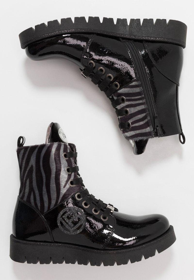 Laura Biagiotti - Šněrovací kotníkové boty - black