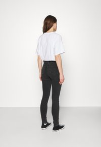 Wrangler - HIGH RISE - Jeans Skinny - soft storm - 2
