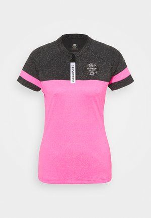 RUKKA RUTOLA - T-shirt med print - pink