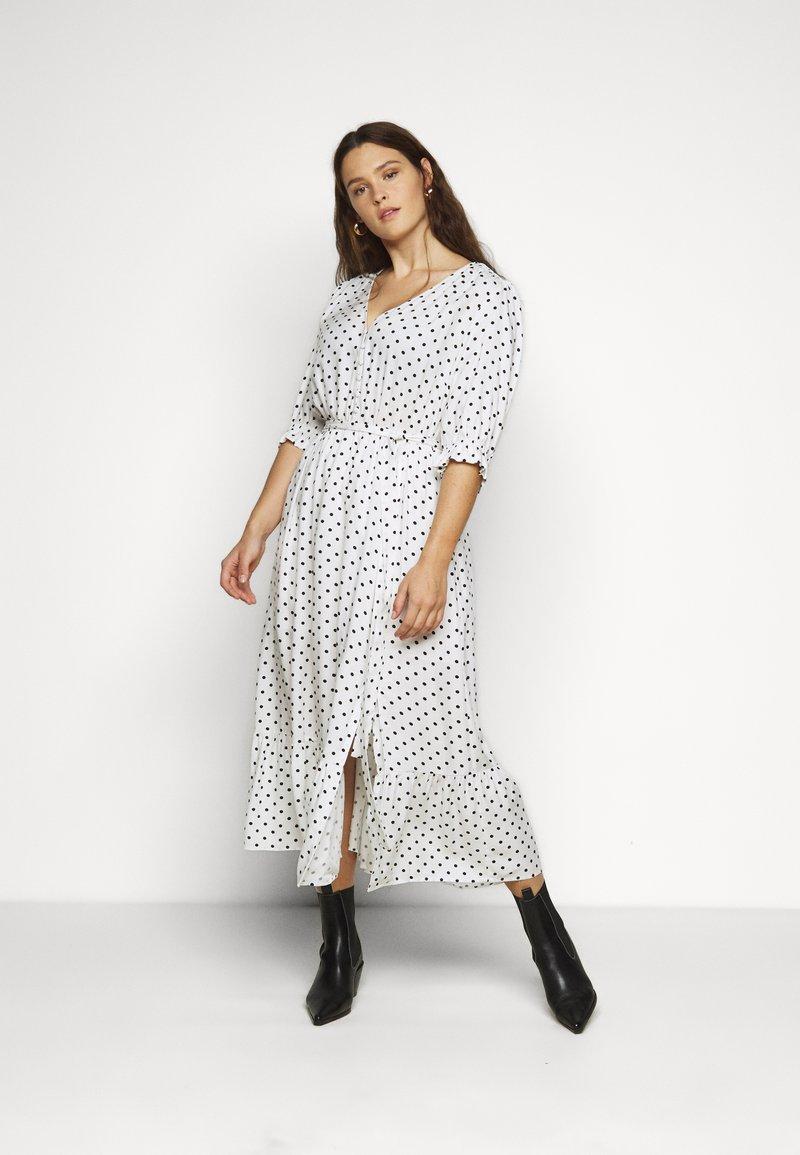 City Chic - DRESS SPOTTY TIER - Shirt dress - white