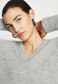 Selected Femme - Strickpullover - light grey melange - 3