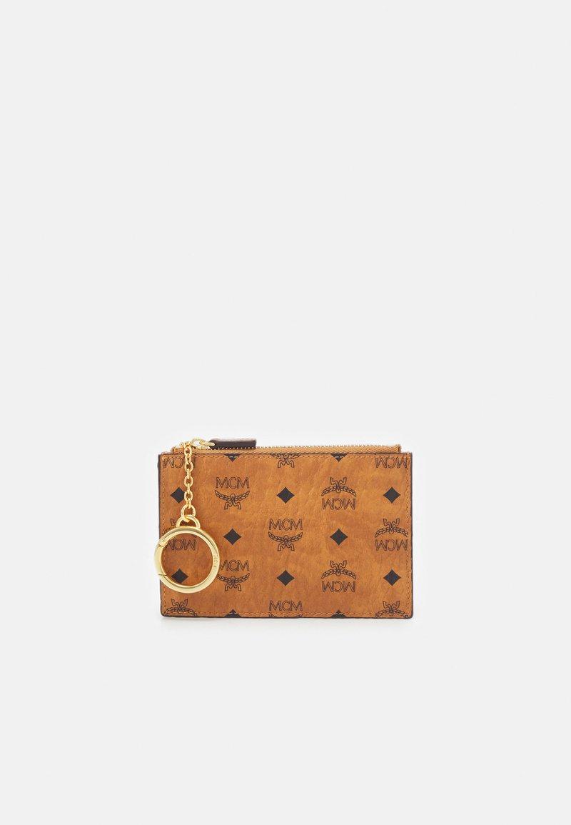 MCM - Key holder - cognac