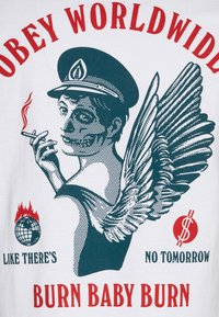 Obey Clothing - BURN BABY BURN - Printtipaita - white - 2