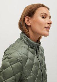 Mango - BLANDIN - Winter jacket - grün - 4