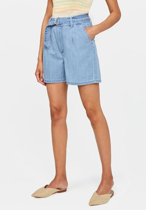MIT HOHER TAILLE - Jeans Shorts - light blue