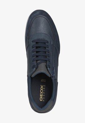AVERY - Sneakers laag - navy