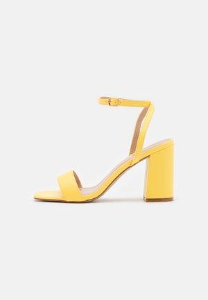 ELLIOT - Sandals - yellow