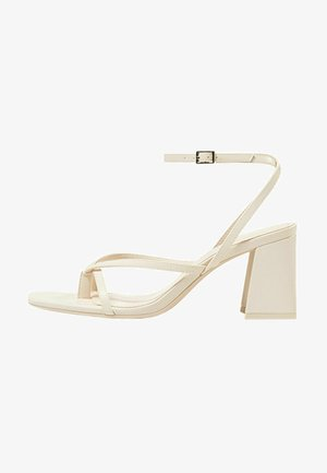 Korolliset sandaalit - off-white
