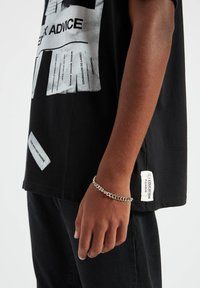 PULL&BEAR - Print T-shirt - black - 7
