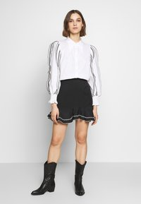 CMEO COLLECTIVE - FOUNDER - Button-down blouse - white - 1