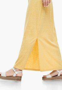 s.Oliver - Maxi dress - yellow melange - 6