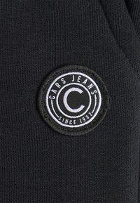 Cars Jeans - BENCH - Šortky - black - 2