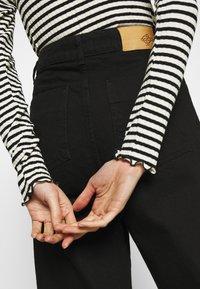 Mads Nørgaard - STRIPE MIX TRUTTE - Top sdlouhým rukávem - off white/black - 5