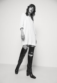 Marella - KARLIE - Denní šaty - bianco - 4