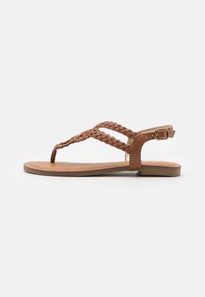 JNILE - T-bar sandals - cognac