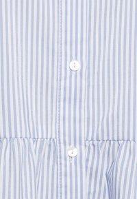 Vero Moda Tall - VMSISI DRESS - Shirt dress - snow white/cashmere blue - 2