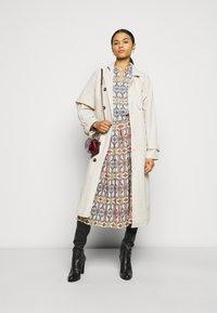 Tory Burch - GARDEN MAZE - Day dress - multi-coloured - 1