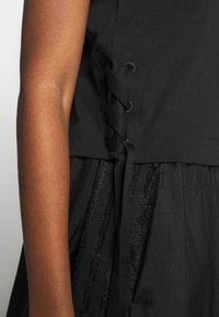 adidas Originals - TREFOIL SHORT SLEEVE TEE - T-shirts med print - black - 3