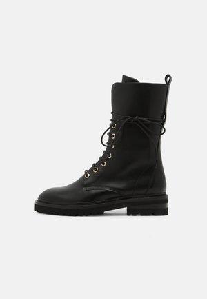 CHAIN ROAD - Šněrovací vysoké boty - black