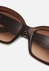 Salvatore Ferragamo - Sluneční brýle - crystal brown - 4