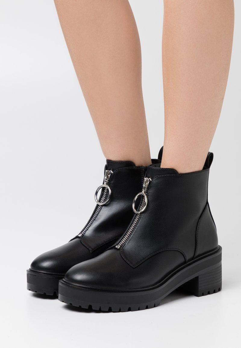 Even&Odd Wide Fit - Kotníková obuv - black