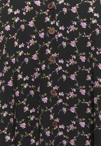 Missguided Plus - BUTTON THRU SMOCK DRESS FLORAL - Robe d'été - black - 2
