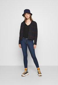 Lee - SCARLETT CROPPED - Jeans Skinny Fit - dark clement - 1