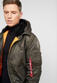 Alpha Industries - HOODED STANDART FIT - Light jacket - black olive - 4