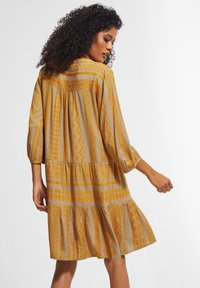 comma casual identity - Day dress - sand embroidery - 2