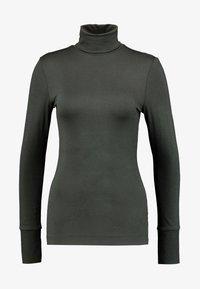 Marc O'Polo PURE - LONG SLEEVE TURTLE NECK - Langærmede T-shirts - green velvet - 2